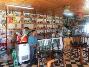Argentinien, Patagonien, Tankstelle, Laden, Latin America Tours
