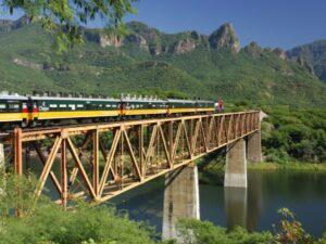 Mexiko, Chepe Train, Copper Canyon, Chihuahua, Mexiko Reise planen, Latin America Tours