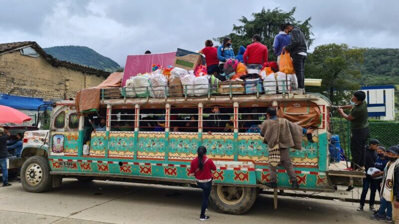 Kolumbien: Indio-Wochenmarkt in Silvia, Cauca